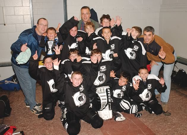 Front: Ryley Anderson; 1st row: Jacob Stadnyk, Colin Dunn, Isaac Maxwell (Goalie), Mack Varcoe, Matthew Potkolabovic; 2nd row: Norm Dunn (Ass't Coach), Noah Muise, Kyle Lepage, Justin Rock, Nicolas Potkolabovic, Alec Latham, Derek Lawr (Ass't Coach); Rear: Tony Maxwell (Coach), Gabriel Stafford; Absent: Jake Lawr (Goalie), Matt Deverell. Photo by Mike Maloney.