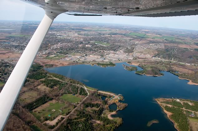 A wingside view of Orangeville and Island Lake. Photo by Pete Paterson.