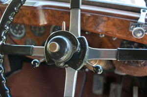 Throttle, ignition and carburetor controls on the steering column in 1929 Rolls Royce Model 20. Photo by Pete Paterson.