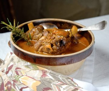 Mono Cliffs Inn's Beer-Braised Lamb Shanks, cooking with Jeffrey Vandenhoek. Photo by Pete Paterson.