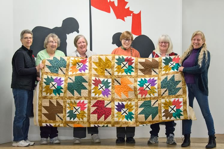 From left : Diane Johnston, Ida Cunningham, Carol Thompson, Bev Parker, Diane Woodward and Judy MacLeod. Other members (not present here): Elizabeth Bricker, Penny Squirrell, Joanne Kiser, Connie Walterhouse, Lois Metz, Ione Smith, Laura-Lynn Fulford, Sheila Klein, Trish McKibbon and AJ Cavey. Photo by Pete Paterson.