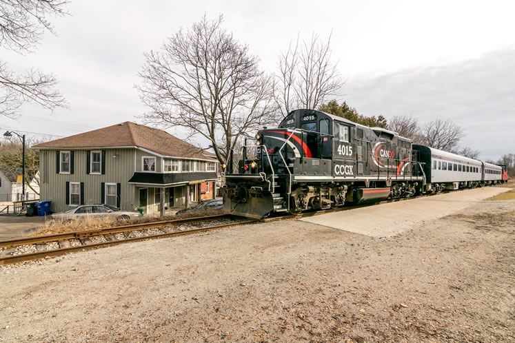 The Credit Valley Explorer makes a final stop in Inglewood. The village has been a regular stop on fall and winter tourist trips, including the popular Santa Train holiday runs. Photo by Warren Schlote.