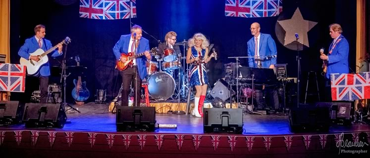 Leisa Way brings her production of Across the Pond: The British Invasion to Orangeville in February, celebrating 50 years of British rock and roll in North America. Photo by Don Beaulieu.