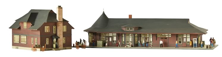 HO-scale model of Orangeville's old train station and bunkhouse, created by Steve Revell of Erin. Photo by Pete Paterson.