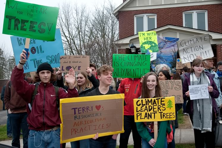 Protesters at a recent local climate strike. Photo by Rosemary Hasner / Black Dog Creative Arts.