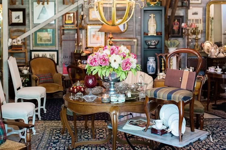 The Wright Attitude Shoppe in a Shed showcases china, chairs and other posh collectibles. Photo by James MacDonald.