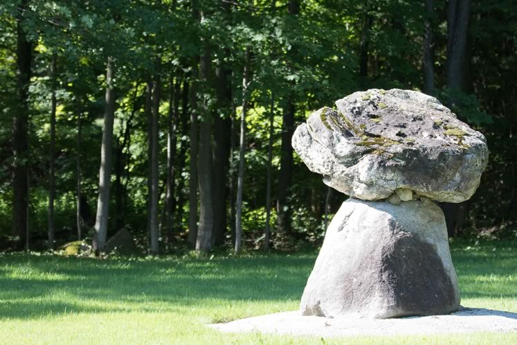 A stone sculpture by Joe Burchell. Photo by Kerry Knudsen.